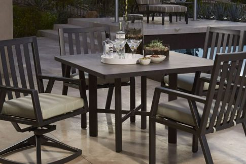 Owlee Aris Dining Seating