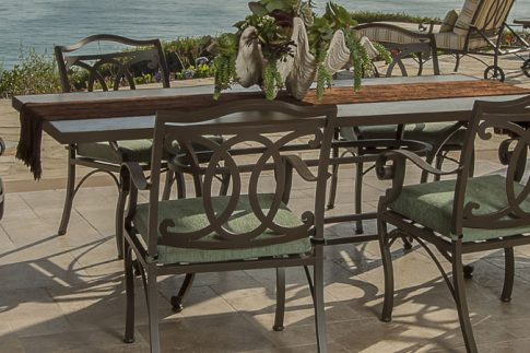 Owlee Palisades Dining Seating