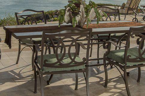 Owlee Palisades Dining Seating